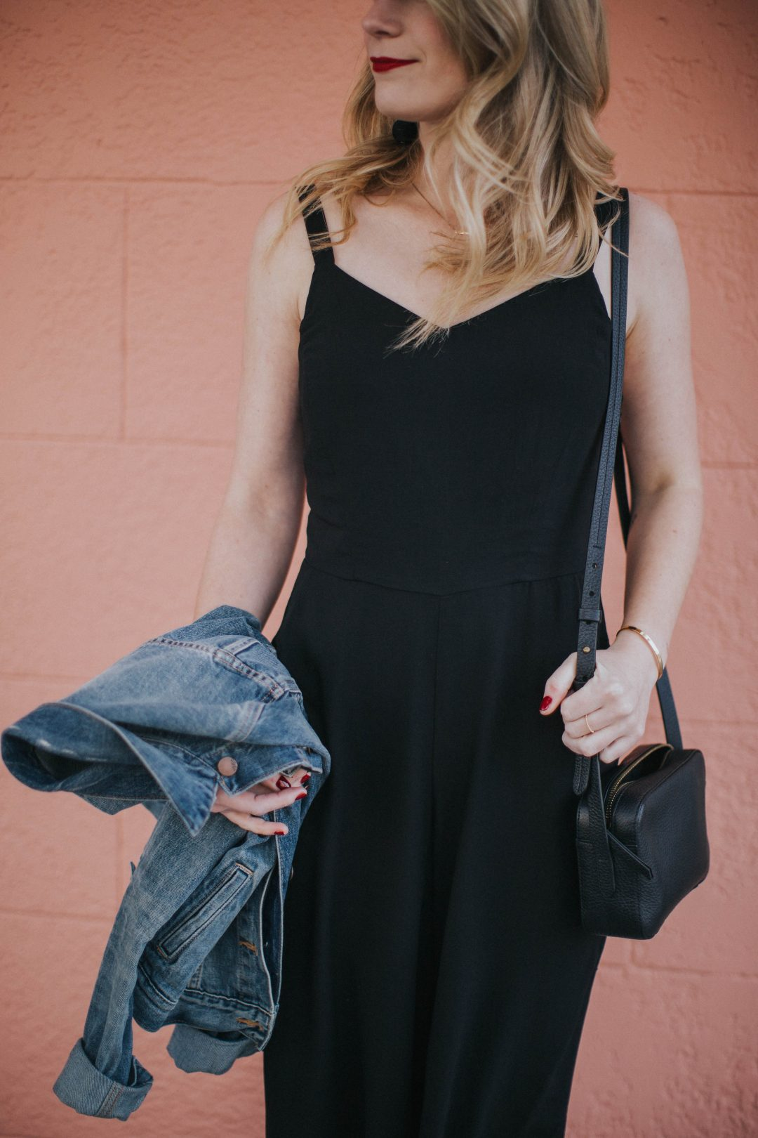 144372ad41fa Blogger Cait Weingartner of Pretty   Fun wearing Old Navy culotte jumpsuit  with M. Gemi