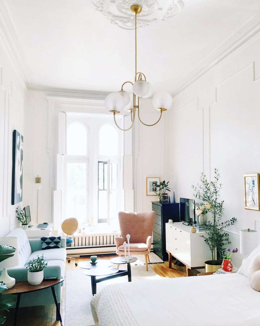 Decorating My Apartment Living Room: 14 Inspiring Minimalist Interior Design Spaces