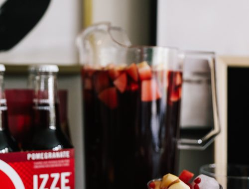 Pomegranate Sangria Recipe with IZZE Sparkling Pomegranate (perfect for Friendsgiving!)